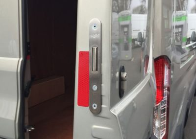 Deadlock on barn door on Ford Transit