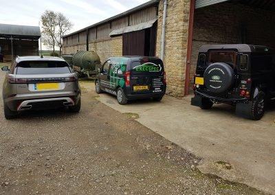 range rover and land rover trackers