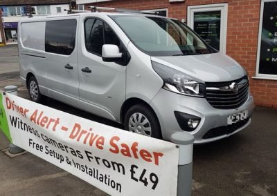 Vauxhall vivaro Blackvue witness camera